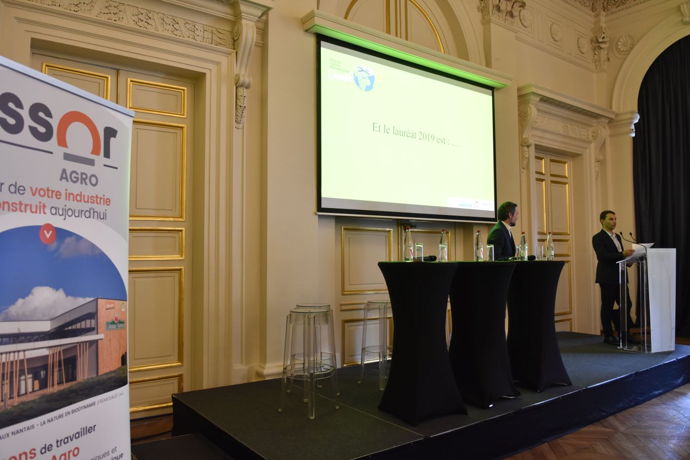 Le Prix de l'Usine alimentaire durable, organisé avec le soutien d'Essor Agro, a été remis lors de Meet'in Agro, par Olivier de Hoest, responsable commercial du cabinet d'ingénierie.