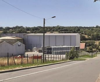 Sur son site spécialisé dans la jus de pommes, Eclor collabore avec Idec Agro & Factory pour étendre sa capacité de stockage et faciliter l'accueil des camions citernes. (Crédit : Idec)