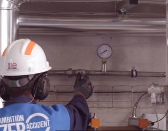Pour maîtriser ses coûts opératoires, la Société Laitière de Laqueuille a opté pour des contrats de maintenance et de garantie de performance sur ses nouveaux équipements frigorifiques.