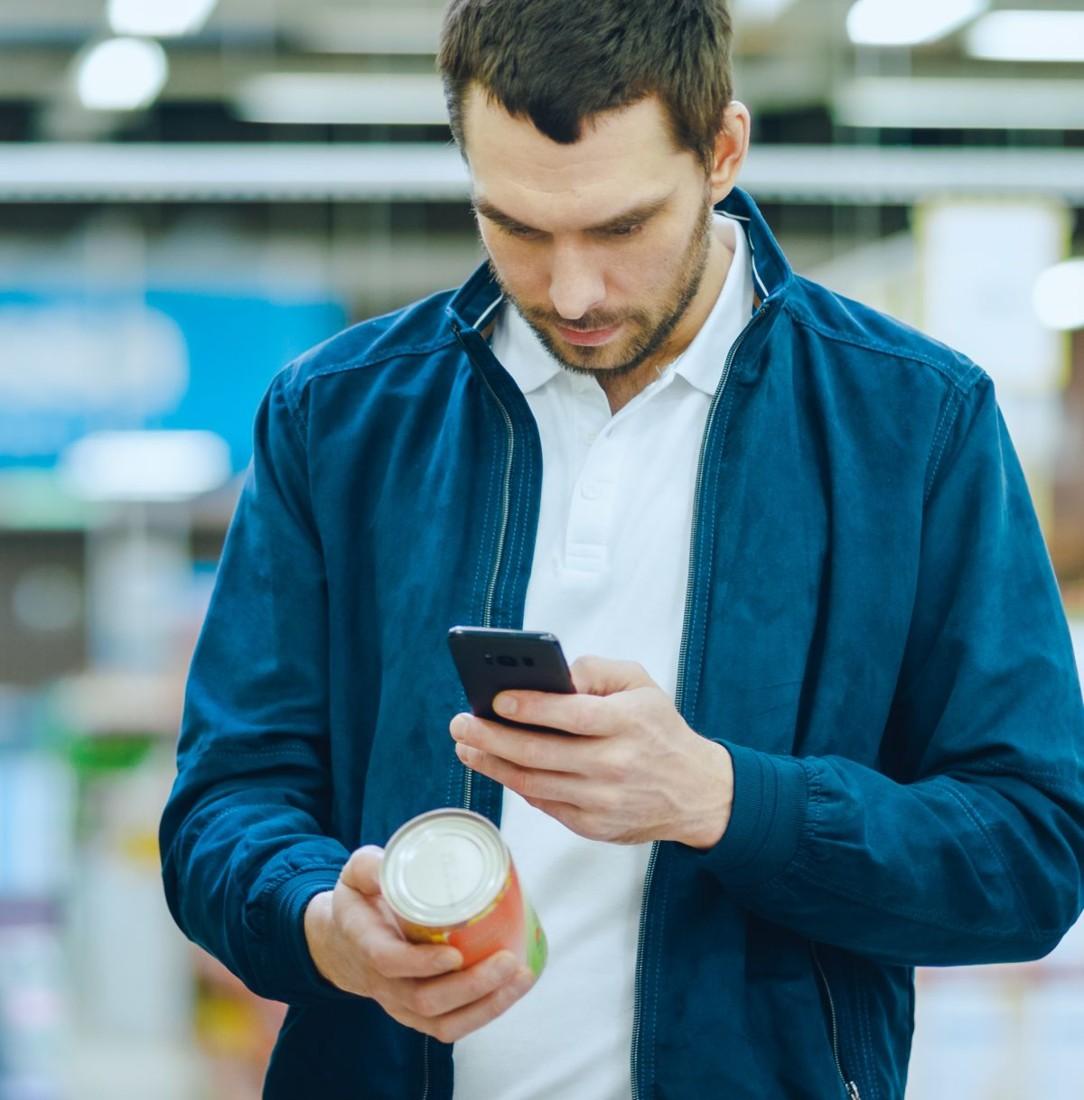 Yuka compte 10,5 millions d'utilisateurs en France. Selon l'appli, plus de 9 personnes sur 10 reposent un produit mal noté, alors qu'ils font leurs courses.
