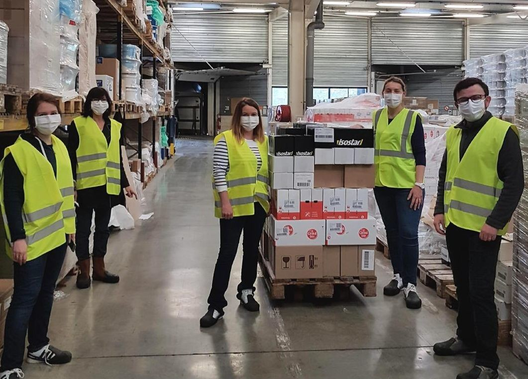 Les équipes de Nutrition&Santé ont réalisé des dons au personnel de santé ainsi qu'aux services de préfecture, police et gendarmerie d'Occidanie. Crédit : Nutrition&Santé.
