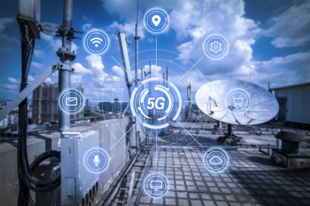 Le gouvernement a annoncé le 6 juillet 2021 sa stratégie d'accélération sur la 5G et les futures technologies de télécommunication. Un plan doté de 480 millions d'euros d'ici 2022.