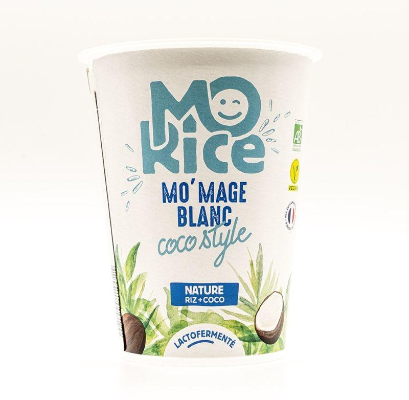 Pour obtenir la texture épaisse à froid et fondante en bouche du fromage blanc, Mo'Rice utilise une base de riz et de lait de coco lactofermenté. Crédit photo Mo'Rice.
