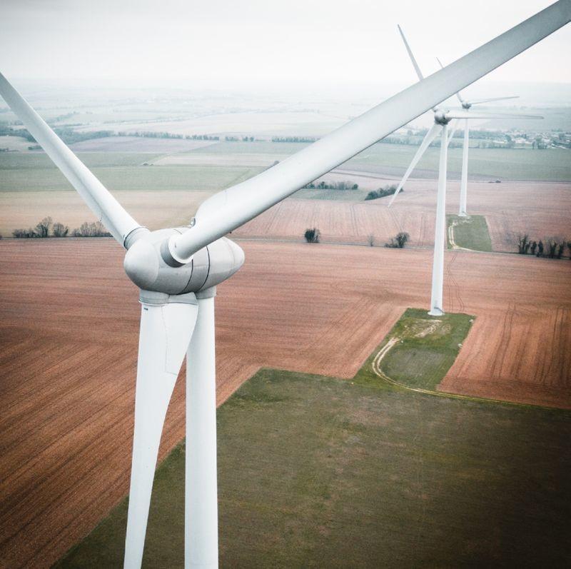 L'association QuiEstVert dévoile son deuxième baromètre de la consommation d'électricité verte en France. Des industriels de l'agroalimentaire figurent parmi les premiers de la classe.