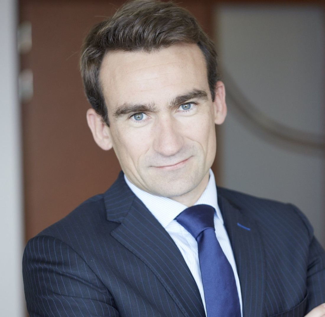 Originaire du Sud-Finistère, le nouveau dg de Sill Entreprises est Sébastien Floc'h, 41 ans. Il occupait depuis trois ans le poste de directeur général délégué de Louis Dreyfus Armateurs.