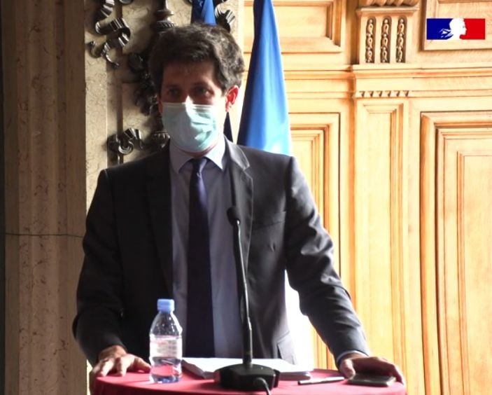 Le jeudi 3 septembre, Julien Denormandie, ministre de l'Agriculture et de l'Alimentation a détaillé le volet « Transition agricole, alimentation et forêt » du plan de relance. 1,2 milliard d'euros sont spécifiquement dédiés aux secteurs agricole et agroalimentaire.