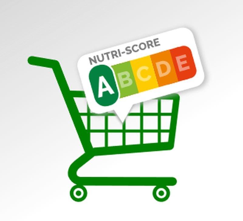 Le Nutri-Score prend de plus en plus d'importance en France. En 2020, il devrait concerner 200 industriels et distributeurs. Selon une analyse d'Oqali, le logo apparaît sur 5451 emballages dans les linéaires et 12 136 produits vendus en e-commerce en 2019. Crédit photo Adobe amine1976.