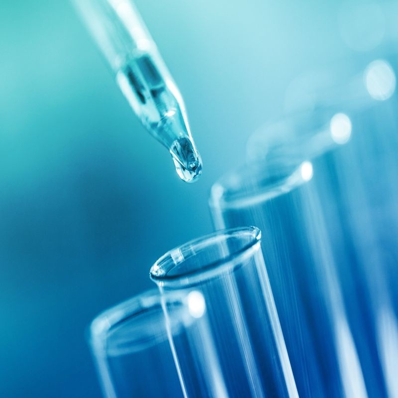 Dans deux récents avis, l'Anses a élaboré une liste de 16 substances prioritaires identifiées comme présentant potentiellement une activité de perturbateur endocrinien. L'Agence propose également une méthode pour classer les substances. Crédit : Adobe Stock.