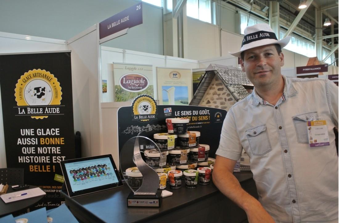 Trophée « Amont & Merveille » / Récompense de la belle histoire d'une entreprise ou d'un produit, qui suscite l'émotion et l'attachement du consommateur  Fabrique du Sud, Gamme de glaces et sorbets « La Belle Aude »  La Fabrique du Sud est une Scop créée à Carcassonne (Aude) en 2014 suite à la fermeture de l'usine de glaces Pilpa. Aujourd'hui, forte de 23 salariés, l'entreprise produit de la crème glacée artisanale et des sorbets plein fruit sous la marque « La Belle Aude ». Les ingrédients sont  du lait entier et de crème fraîche, sans colorants ni arômes ajoutés, et sans gluten et huile de palme. La genèse de l'entreprise évoque aux consommateurs une histoire joyeuse et engagée, et une mobilisation qui valorise l'économie locale et l'environnement. Distribués dans les grandes surfaces, la gamme La Belle Aude s'est récemment étoffée des parfums Mojito, mangue-passion ou encore yaourt en exclusivité pour Monoprix.