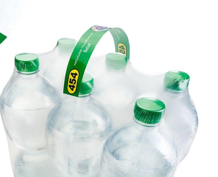 L'Allemand Verpalin a développé un nouveau type de poignée de transport en polyéthylène en combinaison avec un film de fardelage rétractable également en PE.  « De quoi créer la base d'une solution d'emballage 100 % en PE qui peut être clairement trié et recyclé », indique le fabricant.